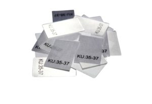 25 Textiletiketten Größe KU: 35-37