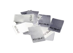 25 Textiletiketten Größe KU: 39-41