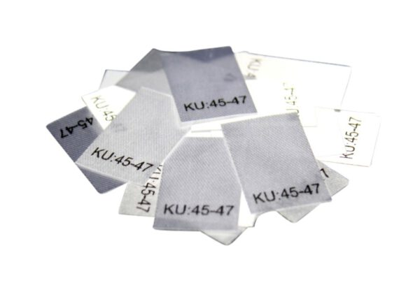 25 Textiletiketten Größe KU: 45-47