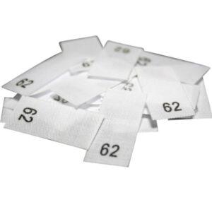 25 Textiletiketten - Größe 62 auf Mischband