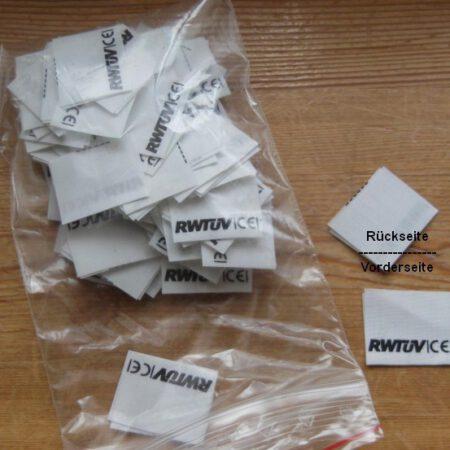 100 Etiketten RWTÜV|CE| geschnitten & gefalten 30x25mm