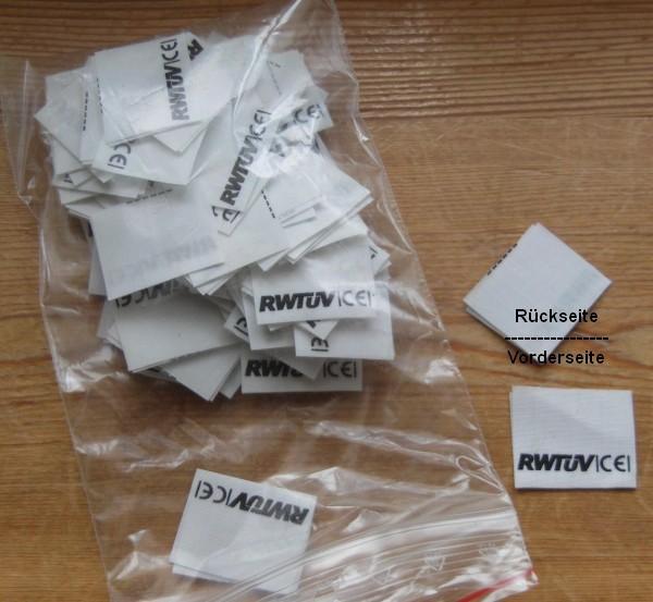 100 Etiketten RWTÜV CE  geschnitten & gefalten 30x25mm