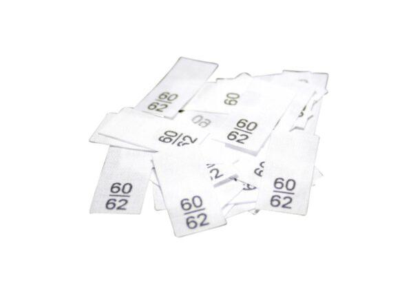 25 Textiletiketten - Größe 60/62 auf Mischband
