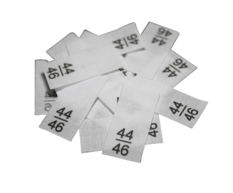 25 Textiletiketten - Größe 44/46 auf Mischband