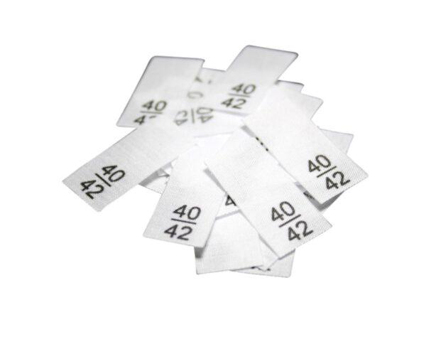 25 Textiletiketten - Größe 40/42 auf Mischband
